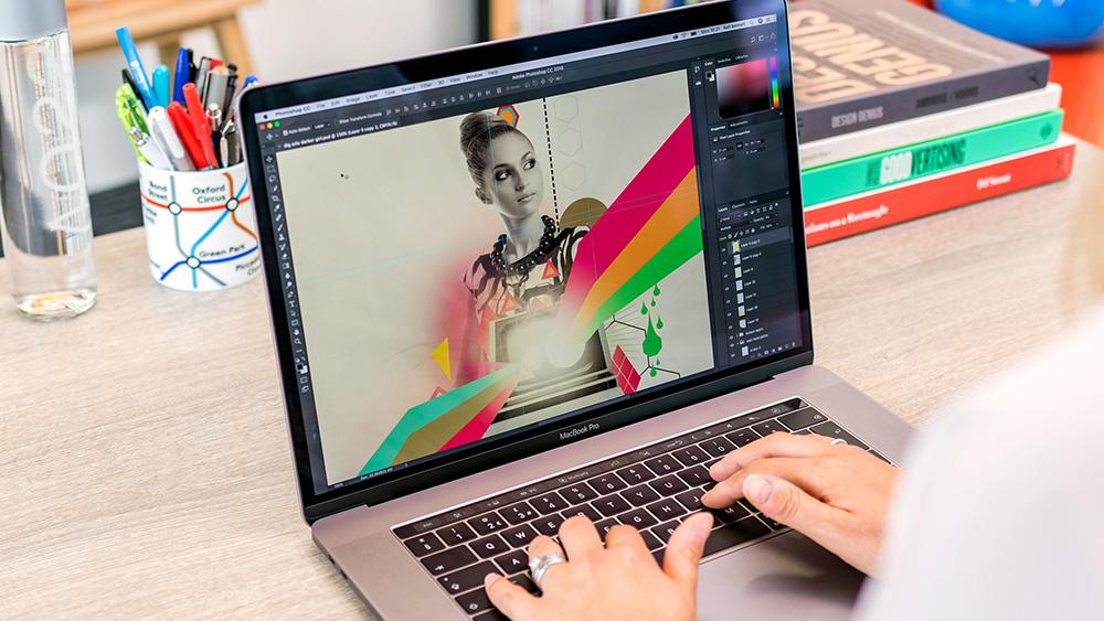Các bạn sinh viên đồ họa khi chọn laptop cần chú ý về CPU, RAM, SSD, màn hình và đặc biệt là card đồ họa rời