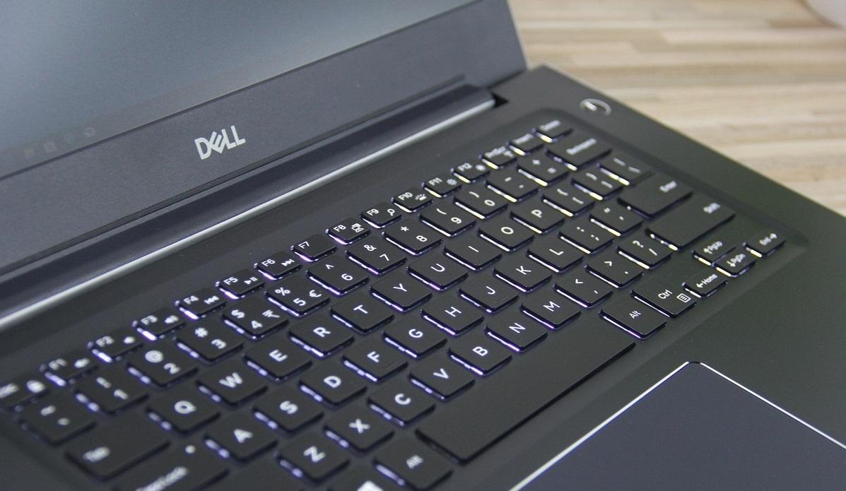 Dell-Vostro-14-5471-keyboard.jpg