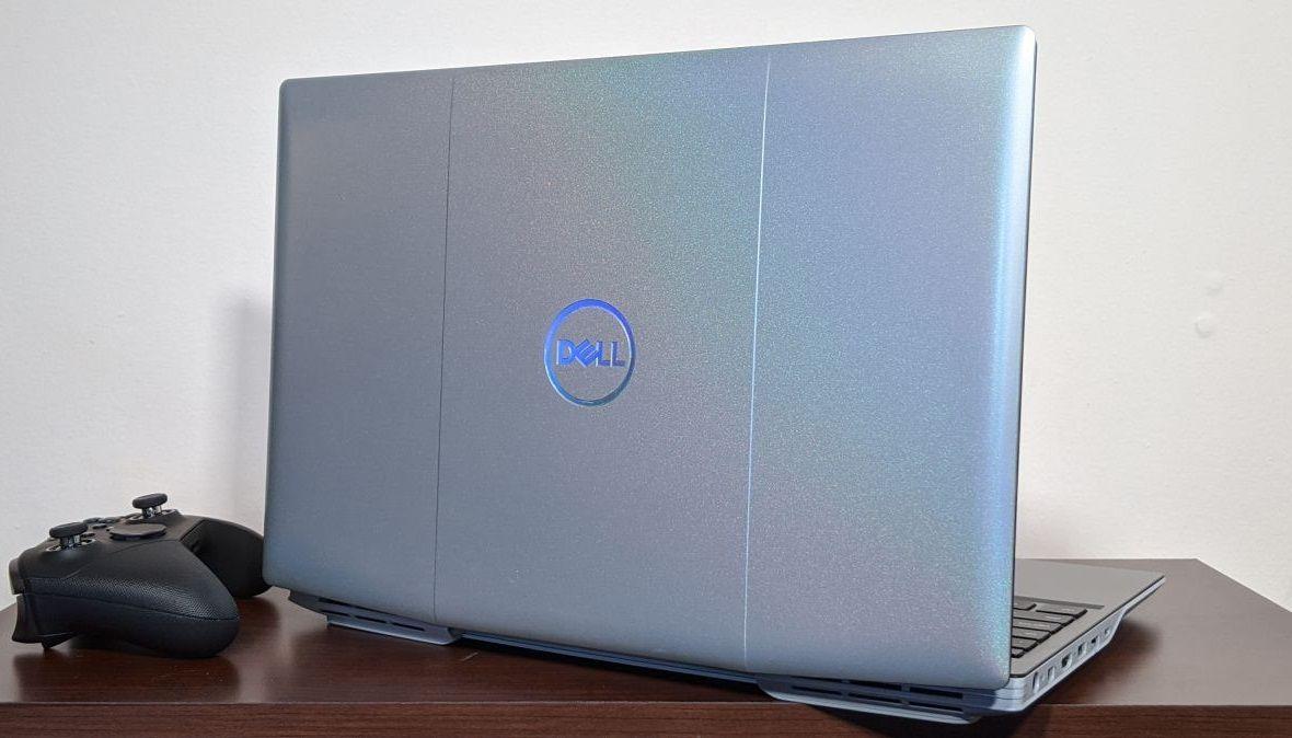 Thiết kế mặt sau Dell G5 15 SE khá thu hút