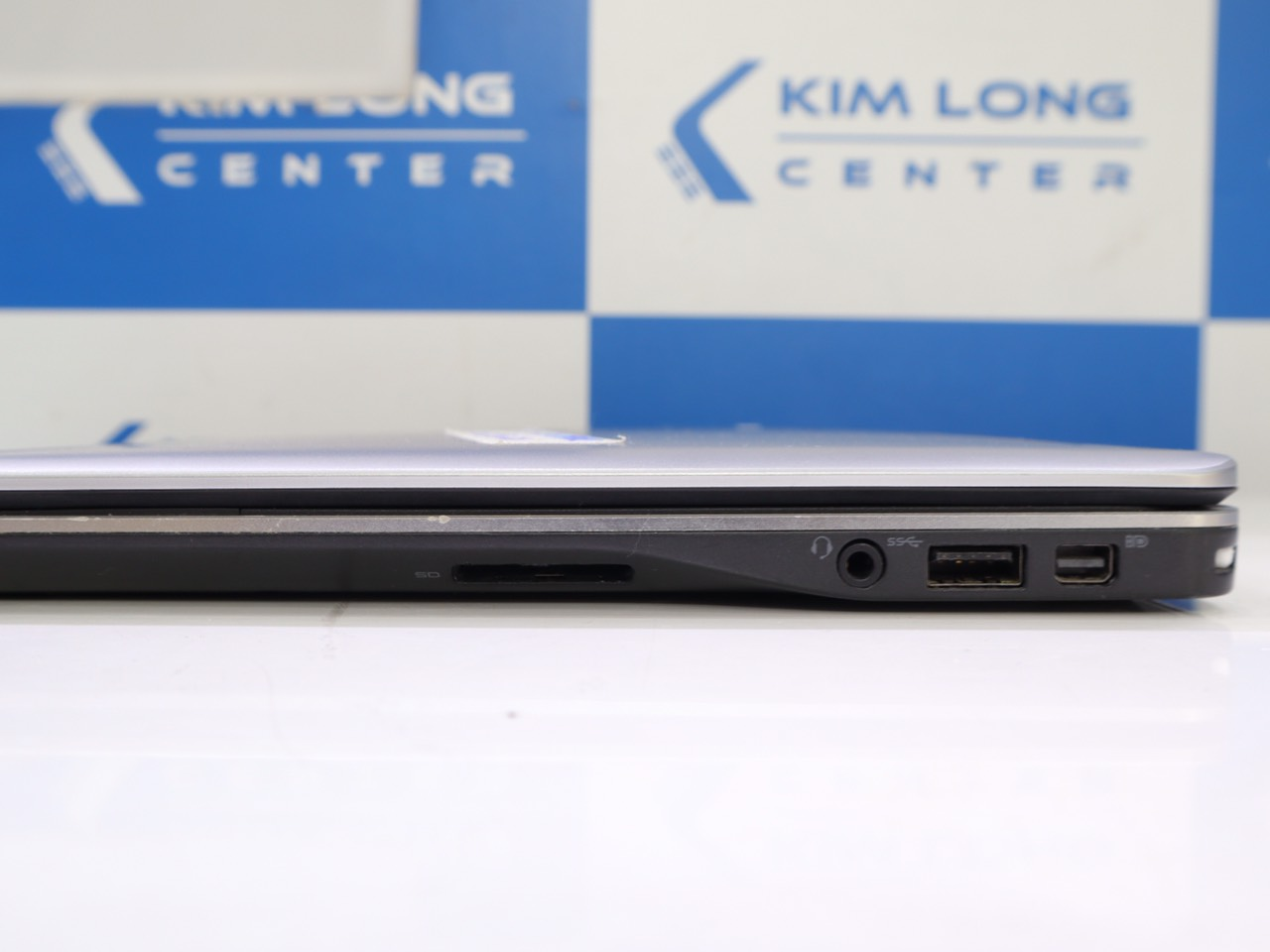 cổng kết nối Dell latitude E7240