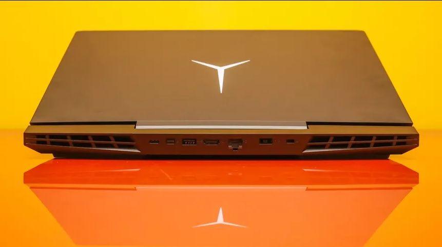Mặt sau laptop