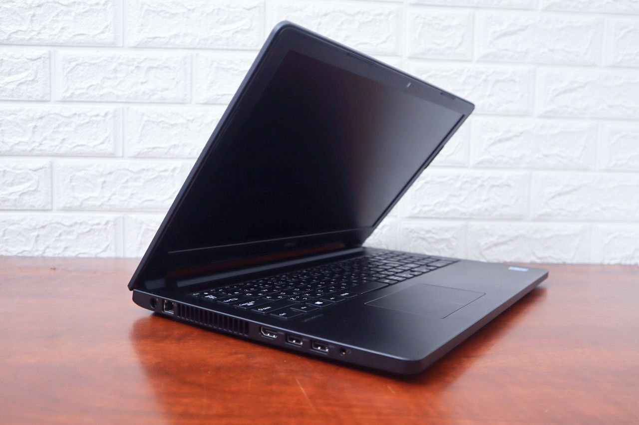 Dell 3560 là laptop thích hợp cho các công việc văn phòng