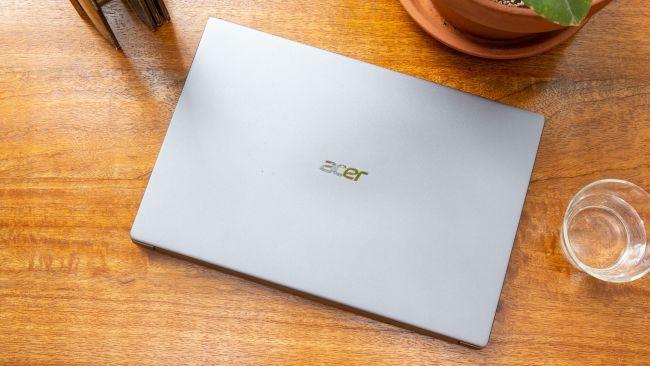 Acer Swift 3 bảo hành 1 năm