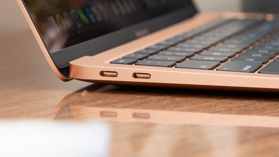 Mac Air 2020 và 2019 đều có 2 USB-C ThunderBolt 3
