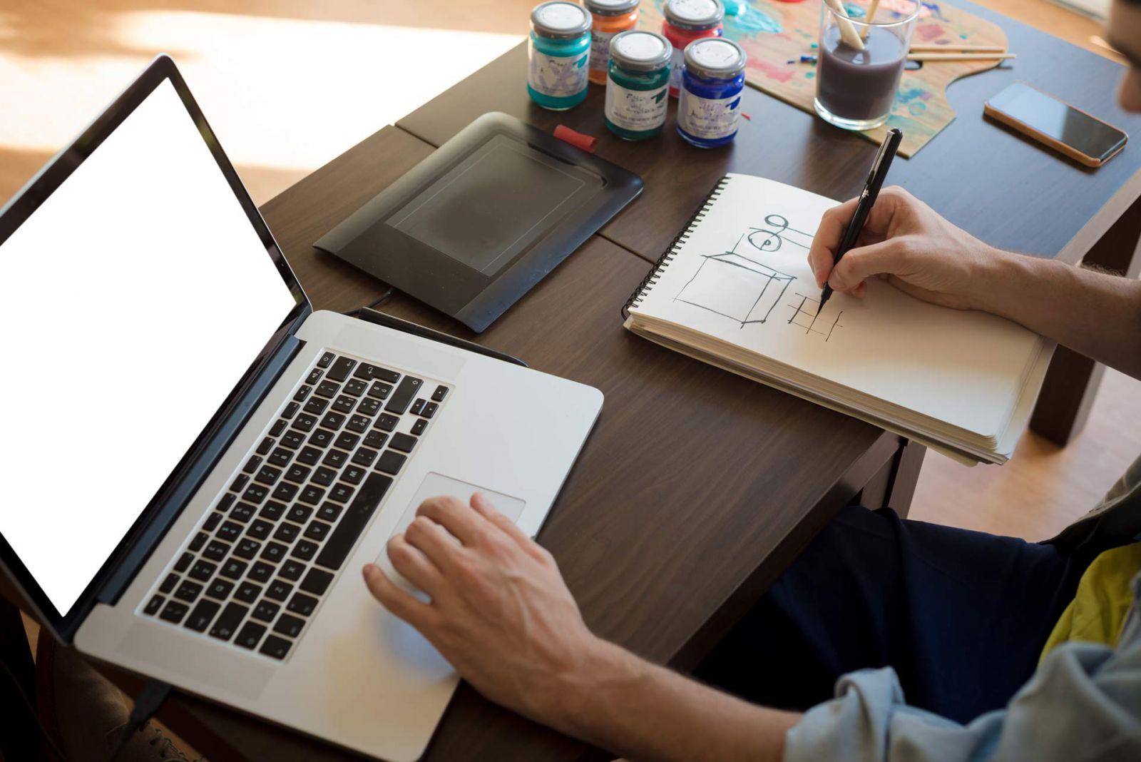 tư vấn lựa chọn laptop cho sinh viên ngành kỹ thuật